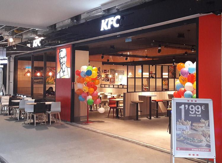 Nuevo KFC en el Centro Comercial Diagonal del Mar.