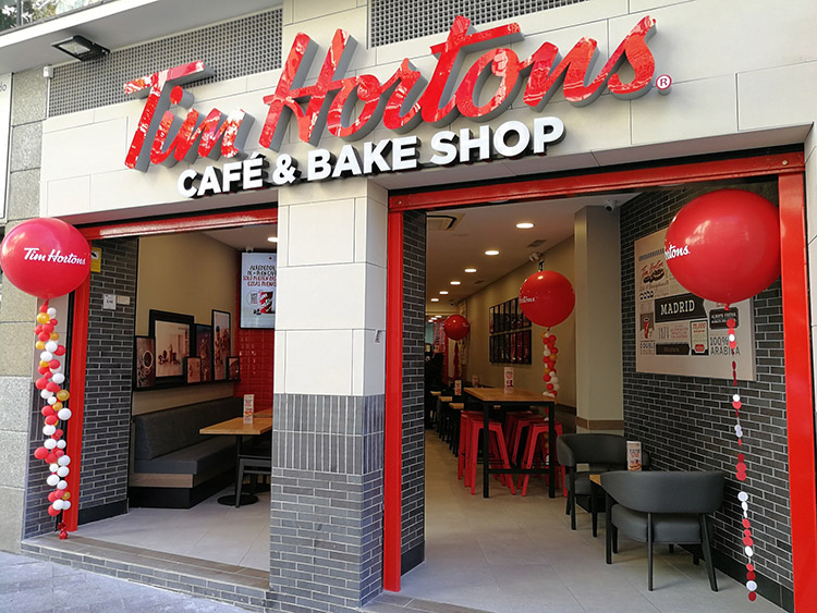 Local de Tim Hortons en la calle Montera de Madrid.
